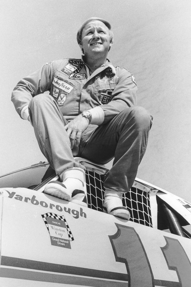 1976: Cale Yarborough : NASCAR champions: from Grand Nationals through Sprint Cup