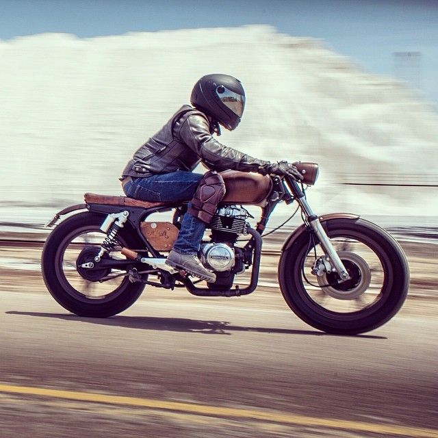 1000 images about scoot cafe racers harley this sweet photo was snapped by jen lucking of moustache ride on his 1978