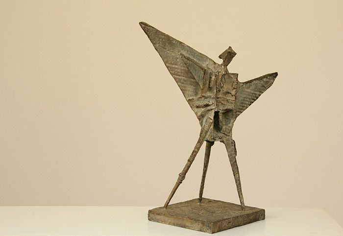 Louis Olivier | Messenger | 2014 | Bronze (48 x 37 x 21 cm) | www.art.co.za/louisolivier.html