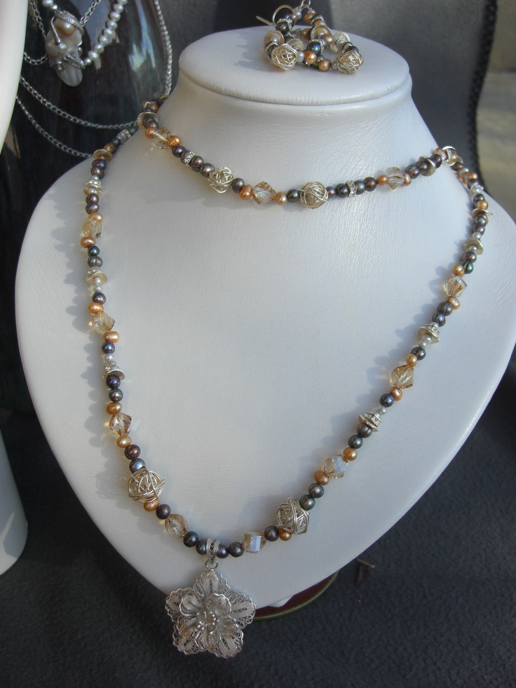 """""""Champagne Party"""": Fresh Water Pearl, Swarovski Crystal, and Sterling Silver."""