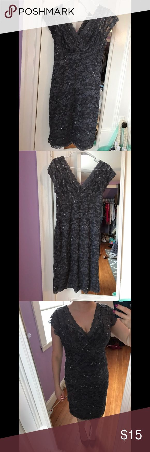 """Gray sequin dress Grey sequin midi dress, stretchy, wore once. 4'11"""", D bust. Dresses Midi"""