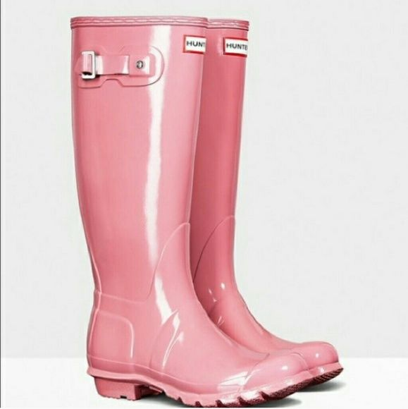 NEW Pink Tall Glossy Hunter Boots Brand new in box!  Rhodonite Pink Tall Glossy Hunter Boots. Never worn.  No trades. FEEL FREE TO MAKE ME AN OFFER. Hunter Boots Shoes Winter & Rain Boots
