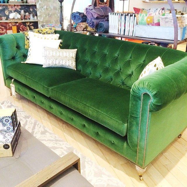 Green velvet Chesterfield. Love. Love. Love.