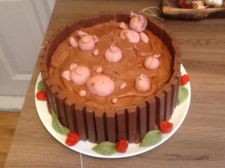 Making this cake make me happy!