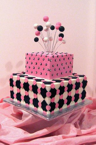 pink and black cake-don't repin too many cake pics and not a big pink person but there was just something about this cake