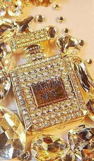 Chanel No. - Billionaire's Club
