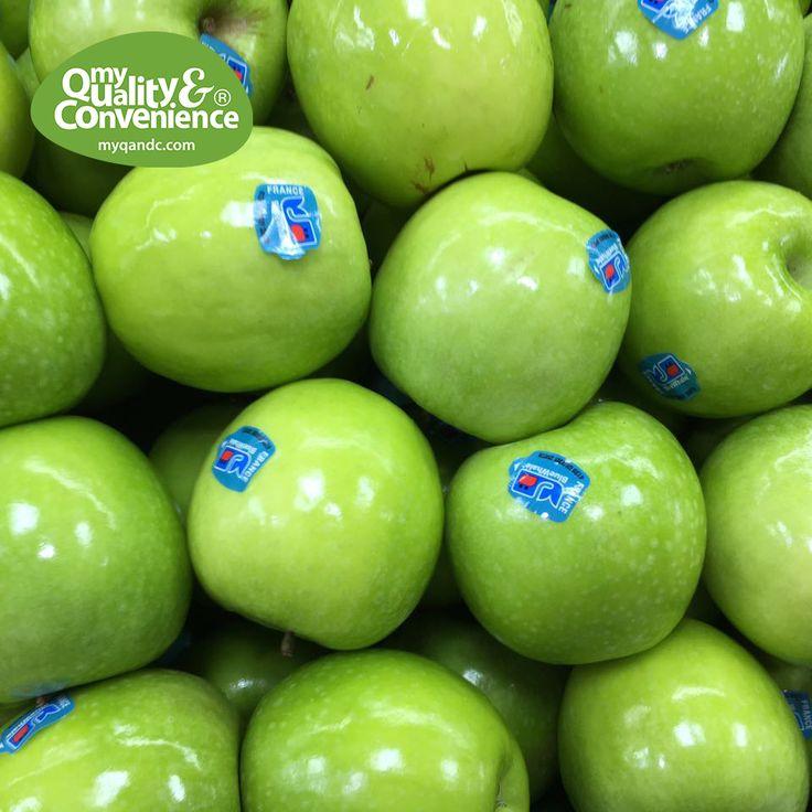 Fancy some apples?  #MyQandC #uae #middleEast #Dubai #dxb #apple #fruit #veggie #vegan #veg #veggy
