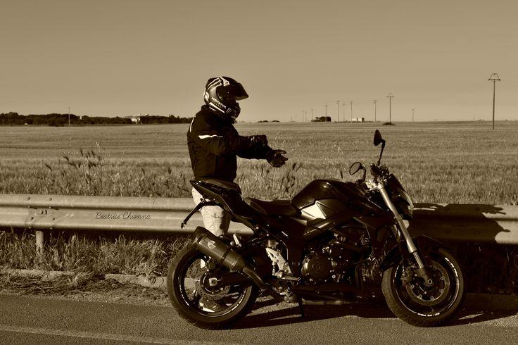 Suzuki gsr 750 #bikers #moto #motocross #motorcycle #motolove #motori #follome #boy #Suzukigsr750 #suzuk i#gsr #gsr750 #beautiful #landscape #strada #asfalto #motorbiker #life #love #style #street #motor #man #streetbikers #travel #motolove #prospettiva #reflexs #lith #shadows