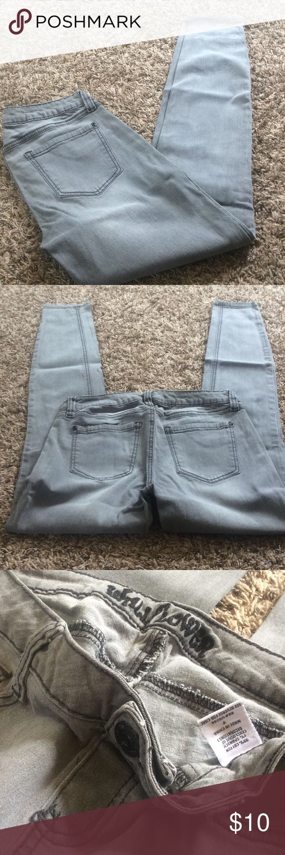 Gray Wallflower skinny jeans Gray with black stitching skinny jeans. Stretchy. 99% cotton. Excellent condition. No signs of wear or stains. Bundle for further discounts! Wallflower Jeans Skinny