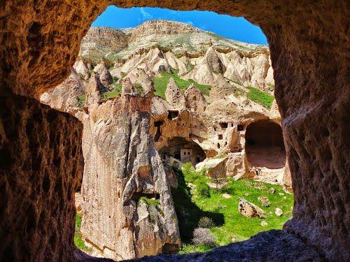 Panoramio - Photos by İsmail AKPINAR > NEVŞEHİR-Vadiler-Zelve