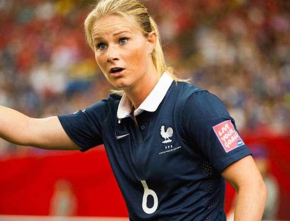 Amandine Henry va signer au PSG - http://www.le-onze-parisien.fr/amandine-henry-va-signer-psg/