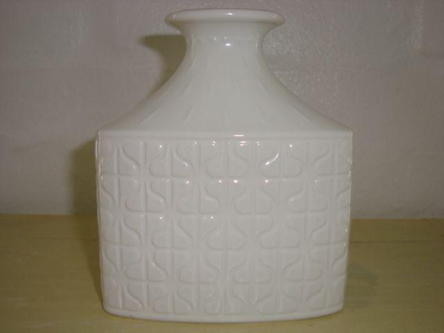 """GUNNAR NYLUND vase – RÖRSTRAND """"DOMINO"""". År/year 1931-58. #Roerstrand #domino #Swedish #Nylund #vase #ceramics #stoneware. SOLGT/SOLD"""