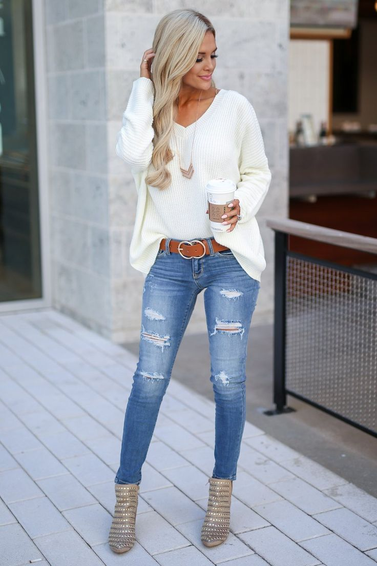 JUDY BLUE Distressed Skinny Jeans - Ava Wash - #Ava #blue #Distressed #giftcards #Jeans