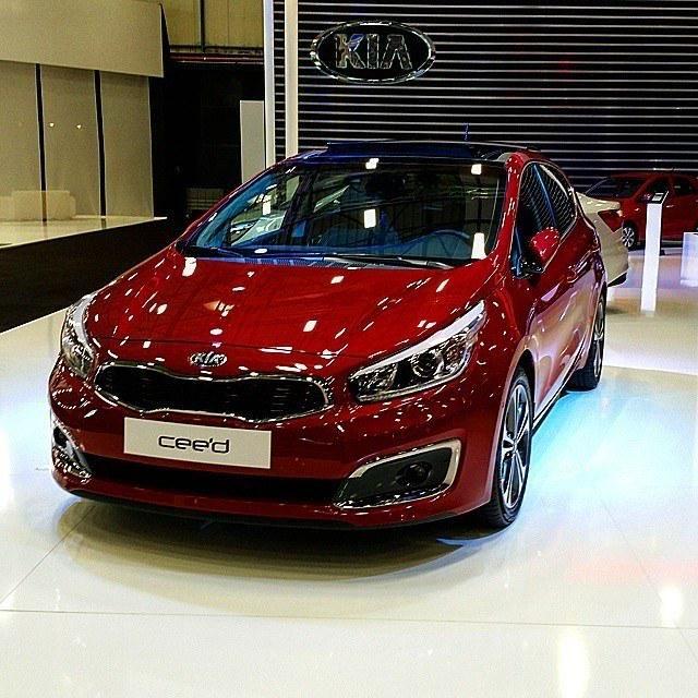 How do you like the 2015 #Kia Cee'd facelift? http://www.autoevolution.com/news/2015-kia-ceed-facelift-shows-itself-ahead-of-iaa-debut-96280.html… @Kia_Motors @Kia @KiaUK
