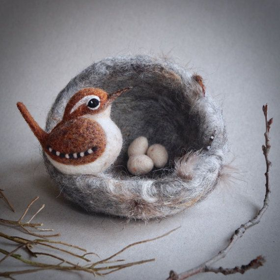 Needle felted bird on a nest by The Lady Moth made от TheLadyMoth