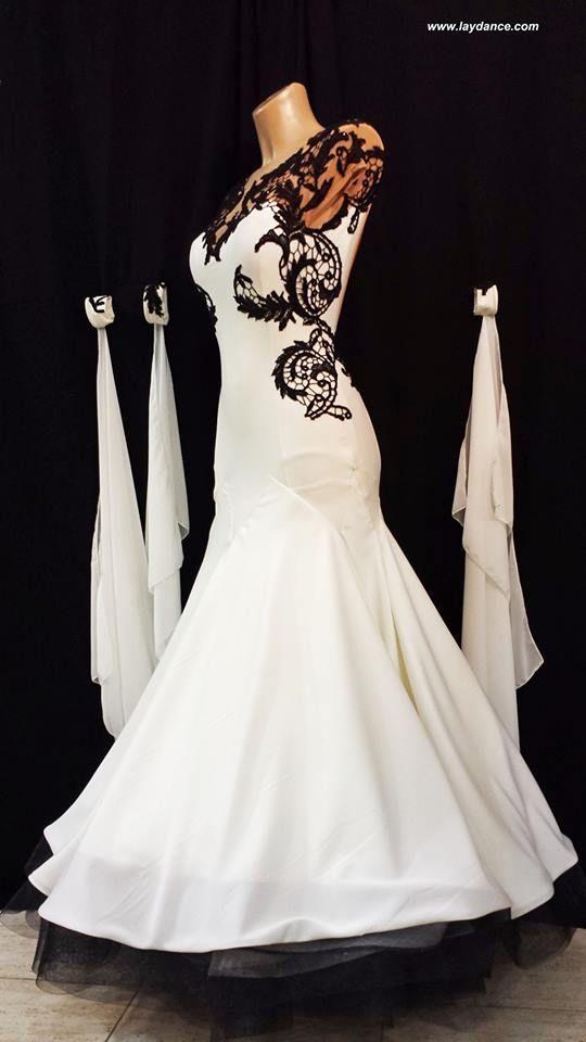 Black & White Lace Standard
