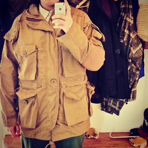 .@Catherine Kateshchenko | У кого-то День победы, а кто-то купил винтажную немецкую военнную куртку.