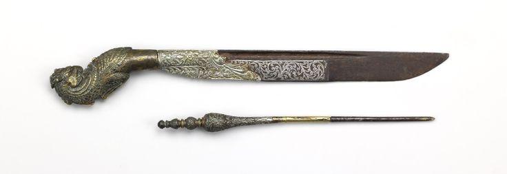 An unusual pihiya (piha kaetta) | Peter Dekker's Mandarin Mansion: Antique Arms & Armor