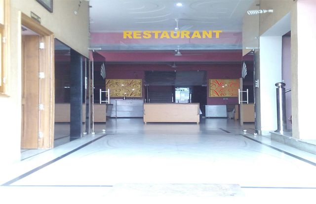 If you are looking Hotel near Bus Stand Visit: Hotel Raj and Chose the best hotel deal for your stay at cheap prices.