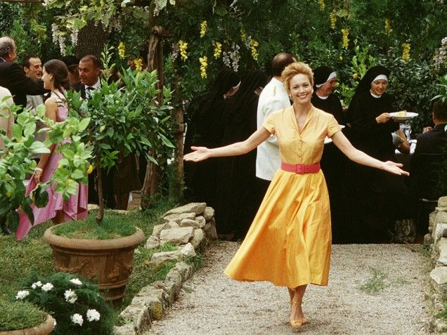 Pop Culture Entertainment And Celebrity News Photos Videos Bride Mothers Modest Under The Tuscan Sunwedding Sceneitalian