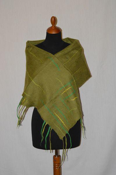 szal damski, męski  filcowany zielony, felt,  filz w hand made by justka na DaWanda.com