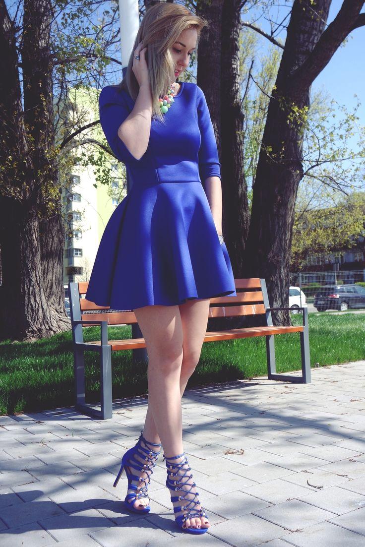 Kobaltowa sukienka | mowmimoniska
