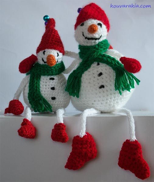 Free Crochet Snowmen Pattern (2 sizes) in English and Greek by Stella Kouvarakia