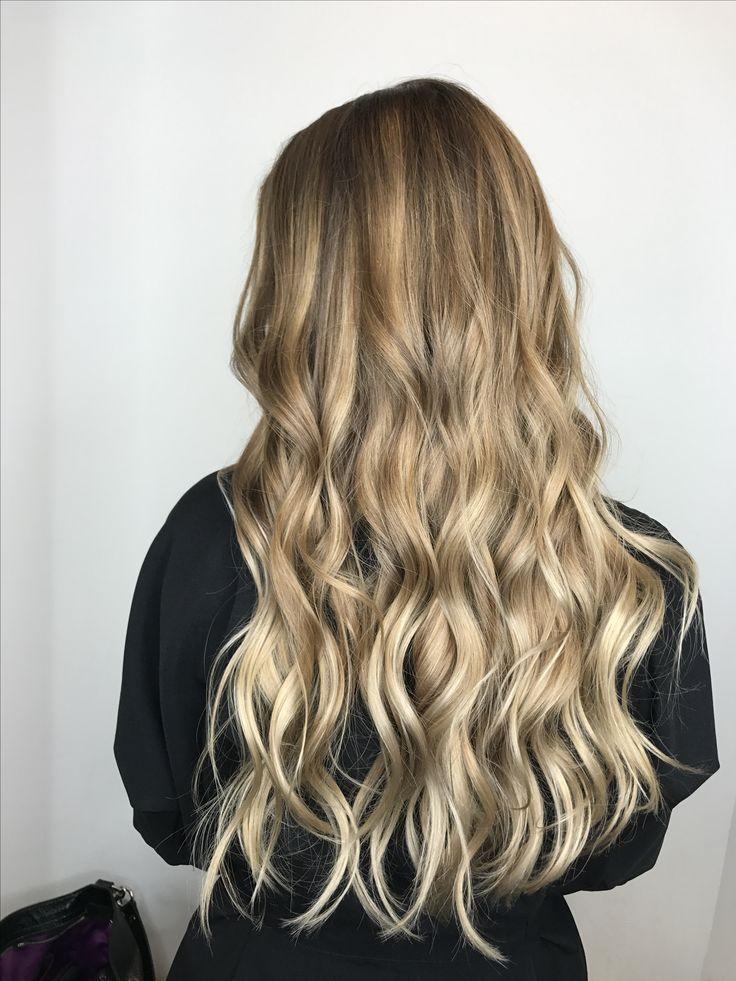 Got my hair did at Elle Marie 😌 Ashlie is da bomb! 🙌🏼