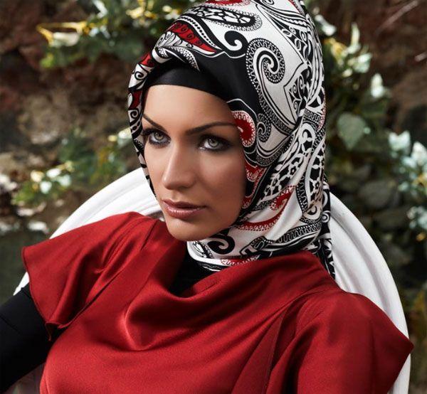 kırmızı siyah eşarp modelleri