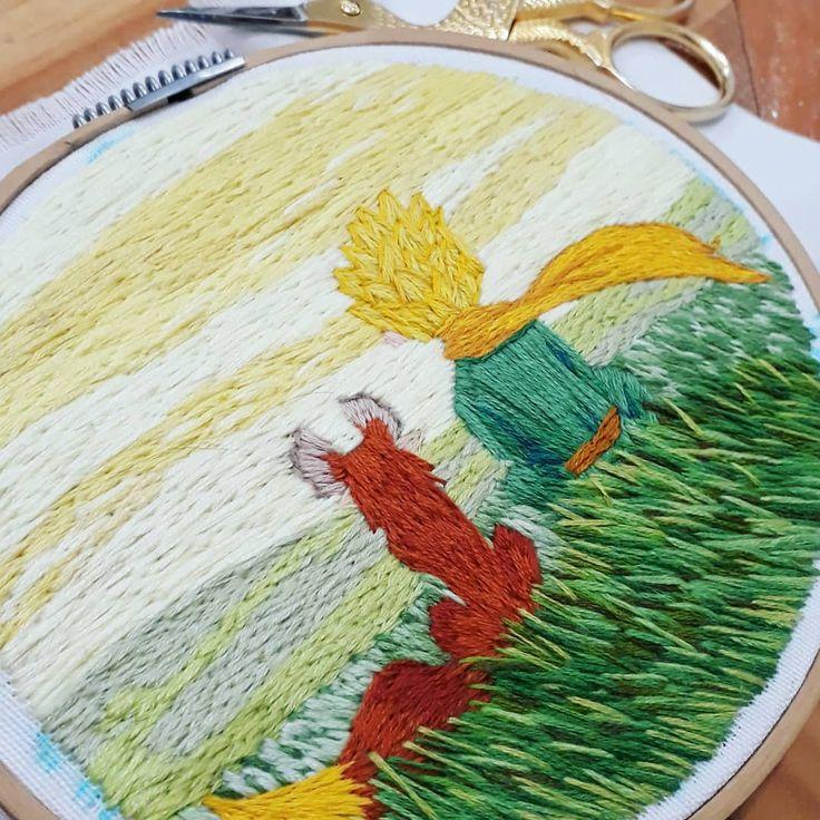 Ya está quedando!!! El principito . . . . . . . #embroideryinstaguild #stitches…