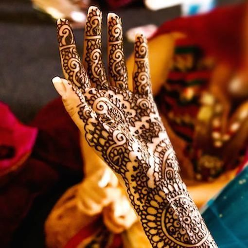 Henna Party Uae : Best aesthetic modern henna art mehndi designs in