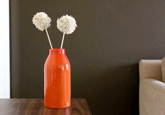 ¡Cómo hacer pompones decorativos! Explicado paso a paso de manera muy sencilla.