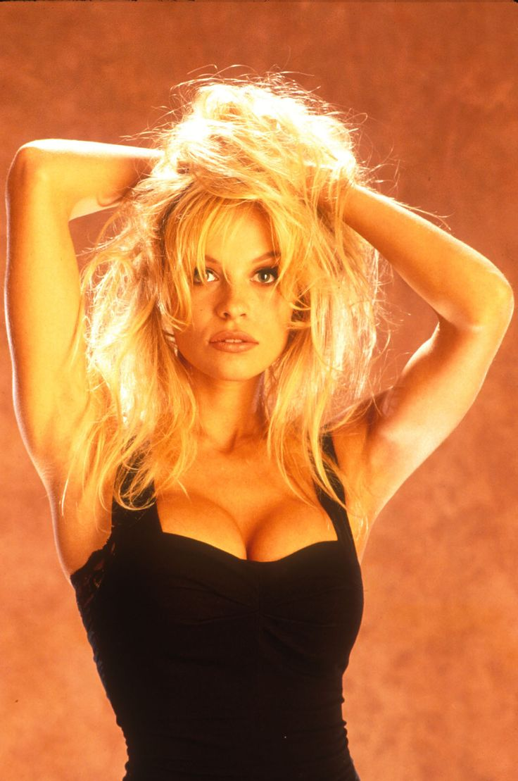 Pamela Anderson Photo Pics Wallpaper Photo 499491