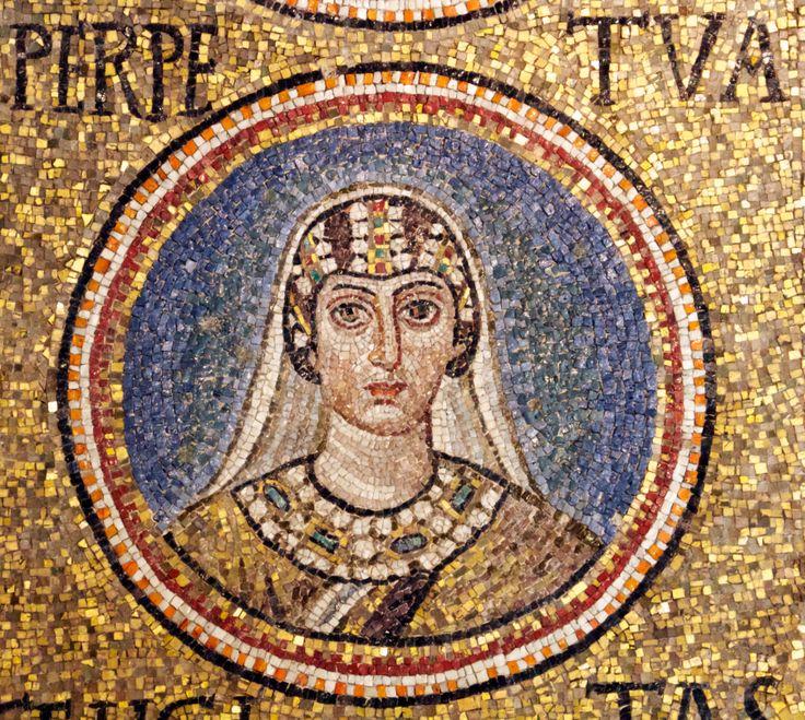 Cappella del Palazzo Arcivescovile, Ravenna. Mosaici della fine del V - inizio del VI secolo. Periodo teodoriciano, SANTA PERPETUA