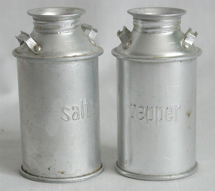 salt pepper shakers tin milk cans 4 h vintage style vintage style 4 h and vintage. Black Bedroom Furniture Sets. Home Design Ideas