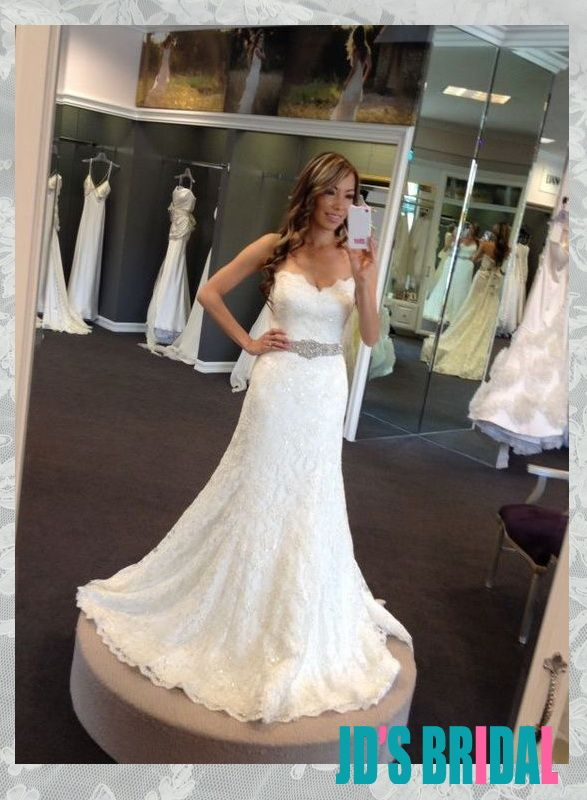 Awesome sparkles beaded sweetheart neckline lace slim aline wedding dress