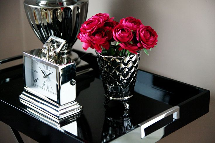 Wyjątkowo elegancki zegar stojący. Dostępny w naszym sklepie: www.hamptons.pl