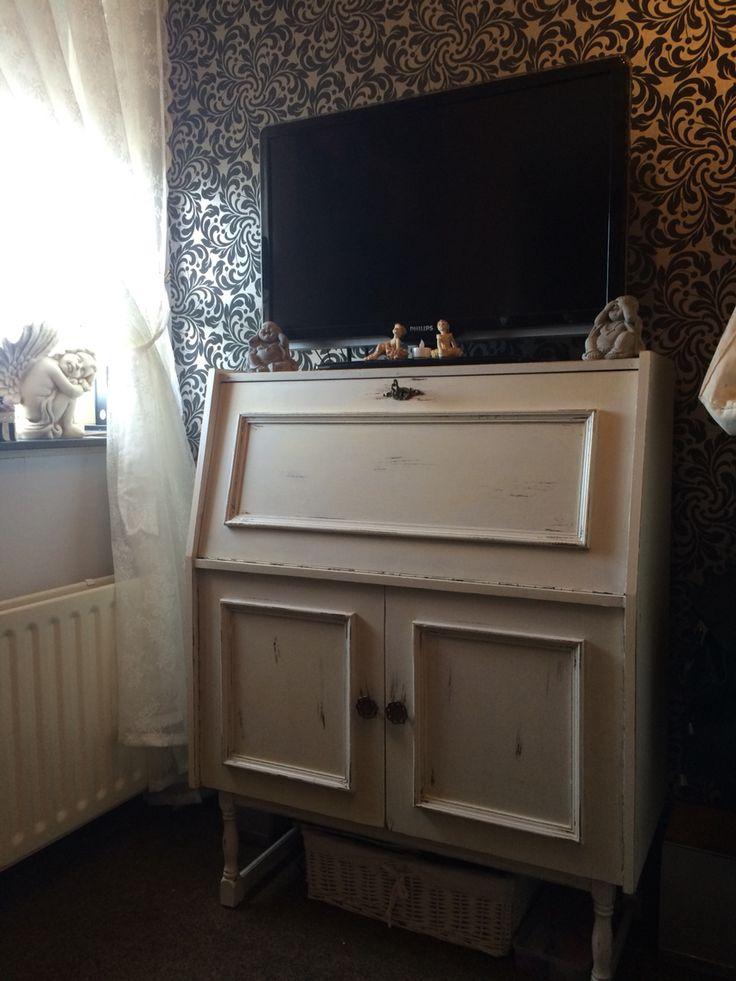25 beste idee n over witte krijtverf op pinterest krijt verf meubels krijt schilderij - Oude meubilair dressoir ...