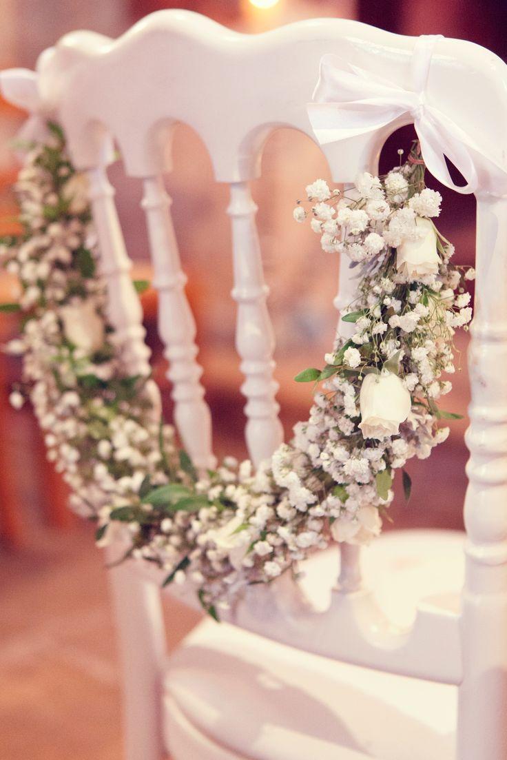 Guirlande de gypsophile et rose pour la chaise de la mariée ©Fairy Daily www.gali-m.fr