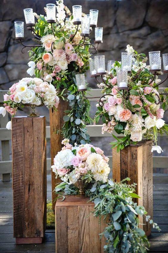 Rustic wedding ceremony idea via Half Full Photography - Deer Pearl Flowers / http://www.deerpearlflowers.com/wedding-ceremony-decor/rustic-wedding-ceremony-idea-via-half-full-photography/