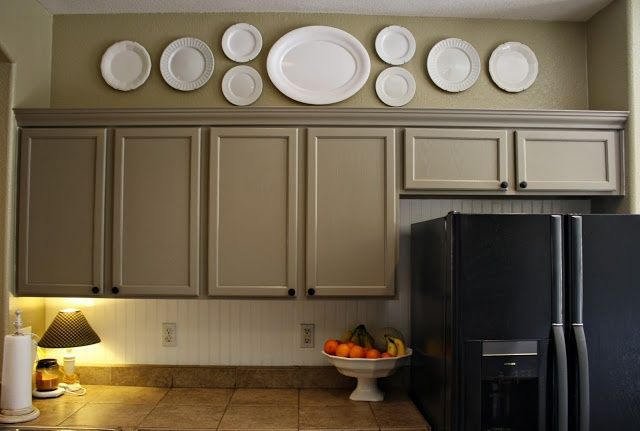 Idea for above my kitchen cabinets.