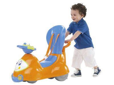 Offerta! Quattro, il cavalcabile evolutivo di Chicco, è il compagno di giochi perfetto per accompagnare il bambino in questo importante momento.