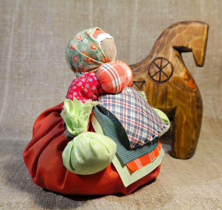 Кубышка-травница. Автор Татьяна Горбачева, автор фото Юлия Горбачева
