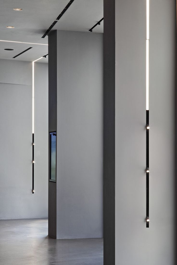 242 best products images on pinterest architecture led fixtures flos 20 running magnet vtopaller Image collections