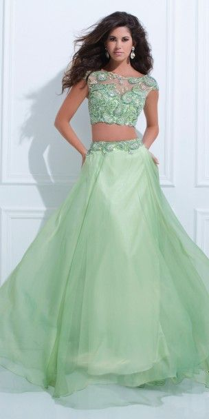 Tony Bowls Evenings TBE11452 Dress $650---out of price range, but very nice dress.