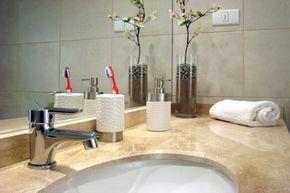 Καθαρίστε το μπάνιο σαν επαγγελματίας