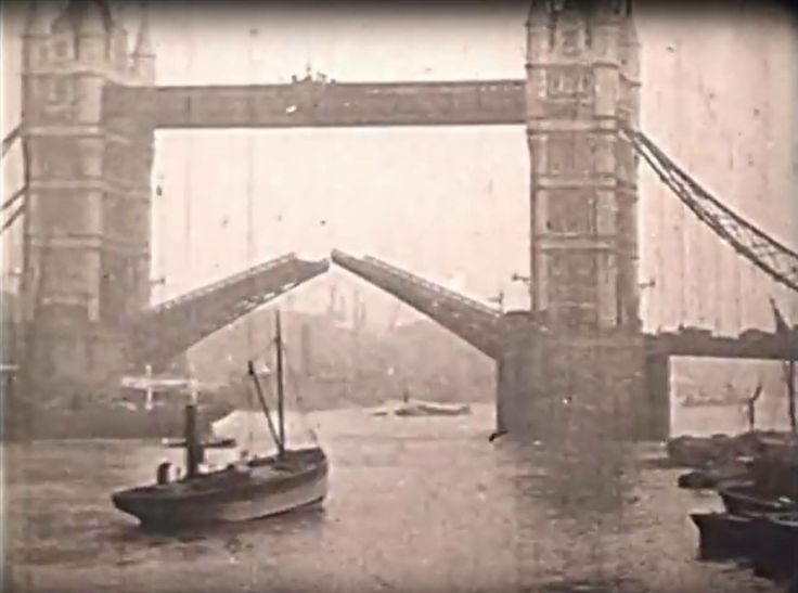 Tower Bridge, Bermondsey, South East London, England in 1935.