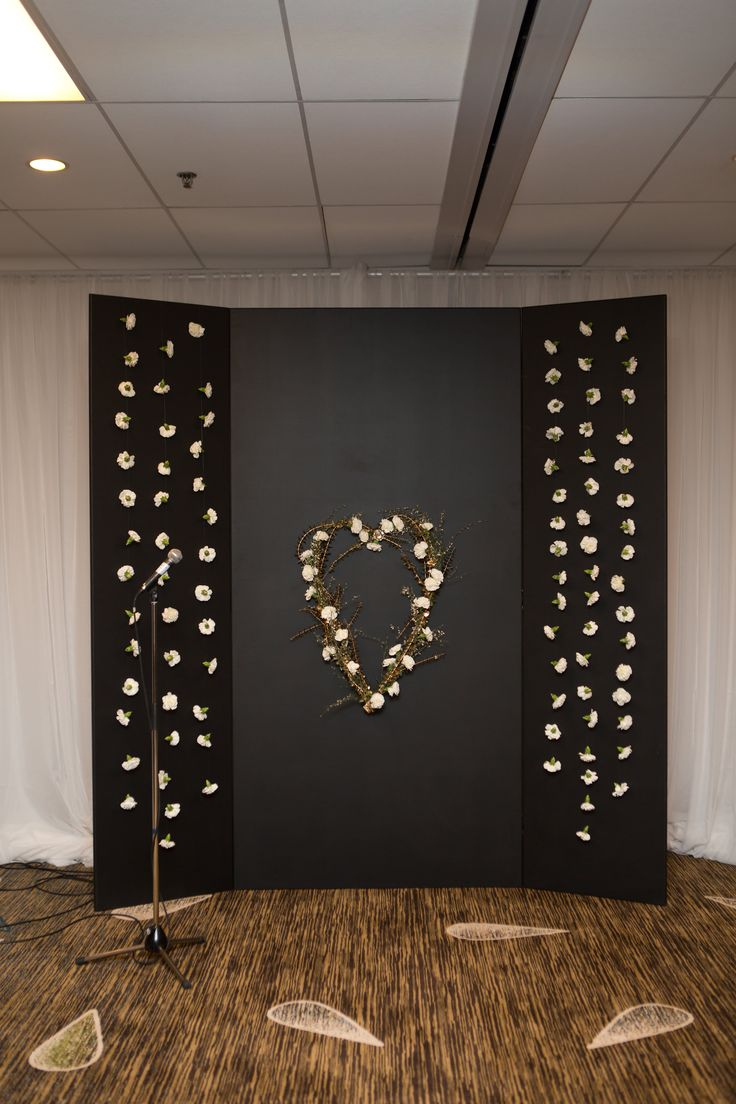 Flowers: @facheflorals || Photo: @amarie_photo || DIY Hinged Ceremony & Photobooth Backdrop, Carnation Flower Curtains, Heart Shaped Flower Wreath, Gold & Wihte