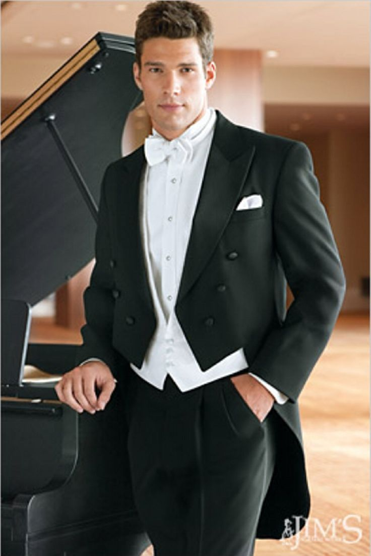classic peak full dress tuxedo | Full dress tuxedos are reserved for the most formal of occasions ...