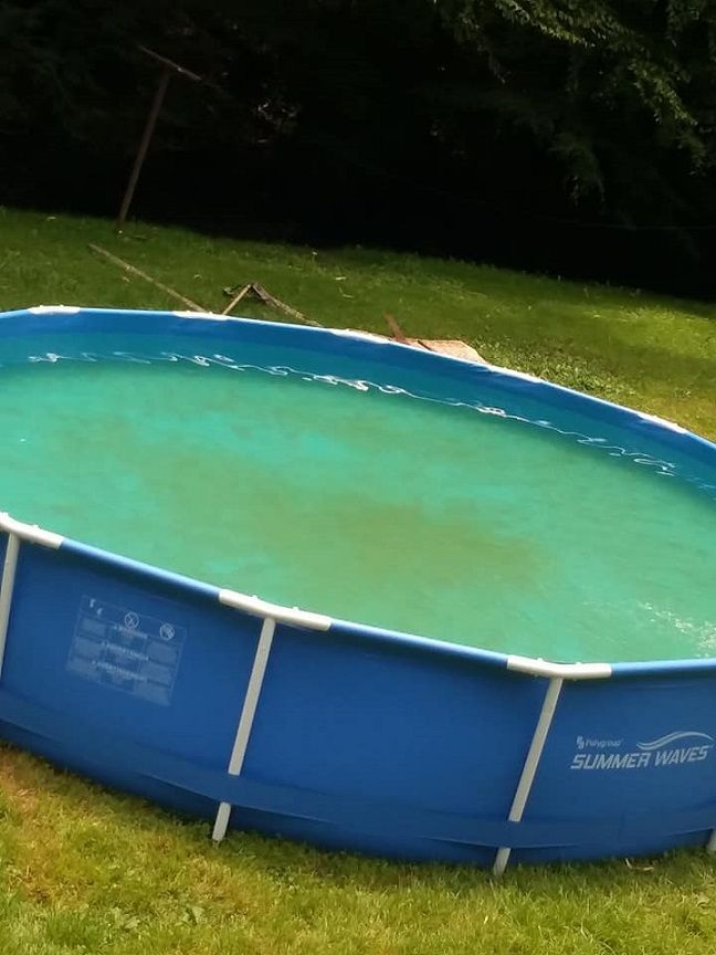How to Clean Your Entire Pool with a Magic Eraser - Crafty ...